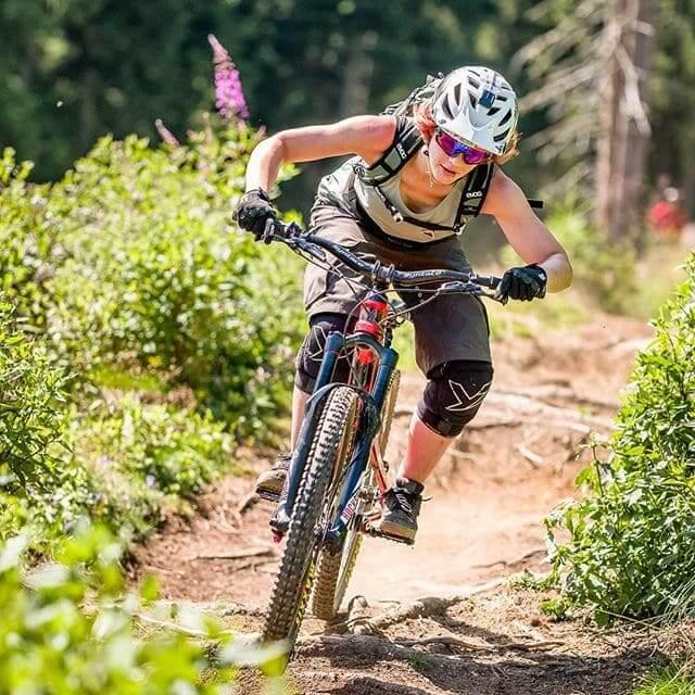 Old picture, old Sponsor but fresh style as always / #mountainbike #mtbphotography #mtbphotos #bikeparkmuttereralm / @evocsports @malojaclothing / #wheel #bike #mtbgirl #cyclist #action #adventure #motion #recreation #outdoors #biker #lifestyle #trail #bikegirl #race #fun #summer #competition #one #helmet #active
